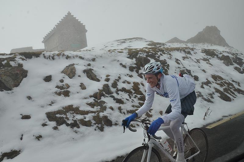 tejvan-clouds-riding