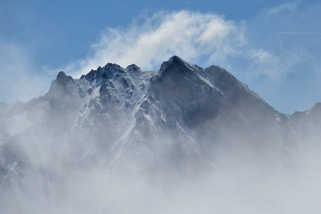 tourmalet-swirling-clouds
