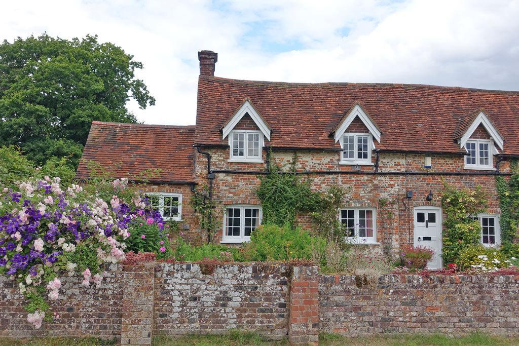 english-cottage-garden