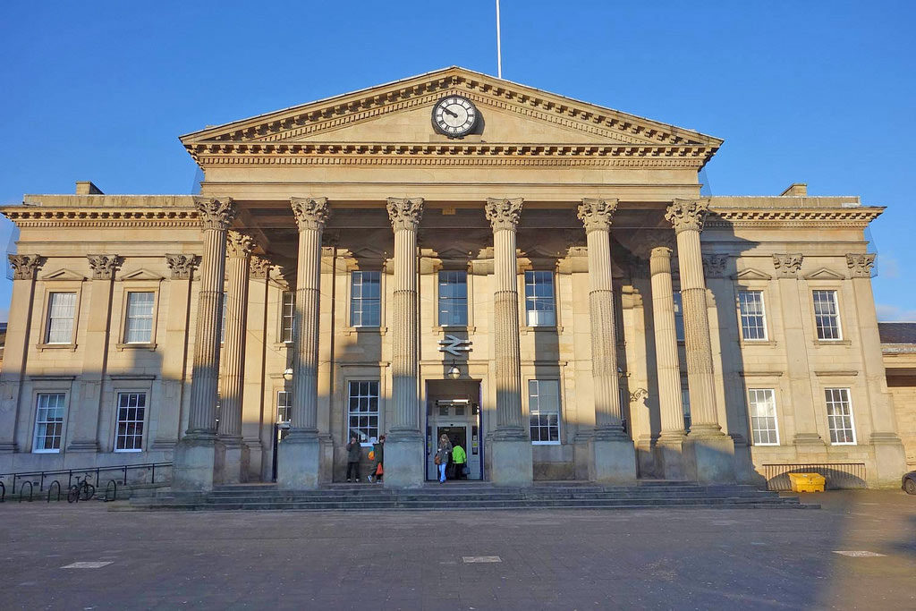 huddersfield-train-station