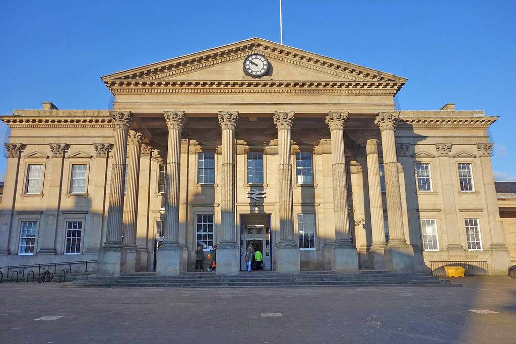 huddersfield-train-station
