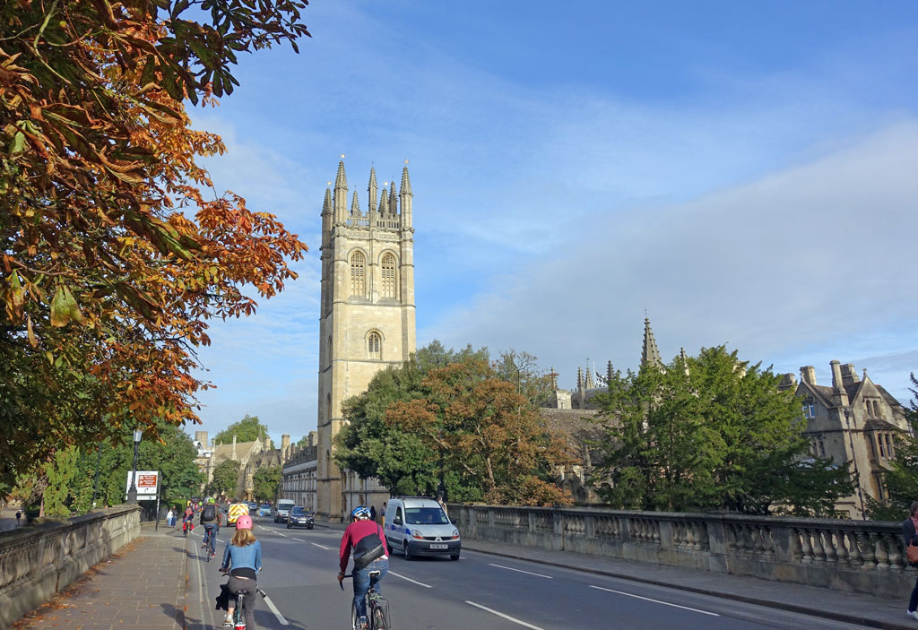 cyclists-magdalen-tower-early-autumn