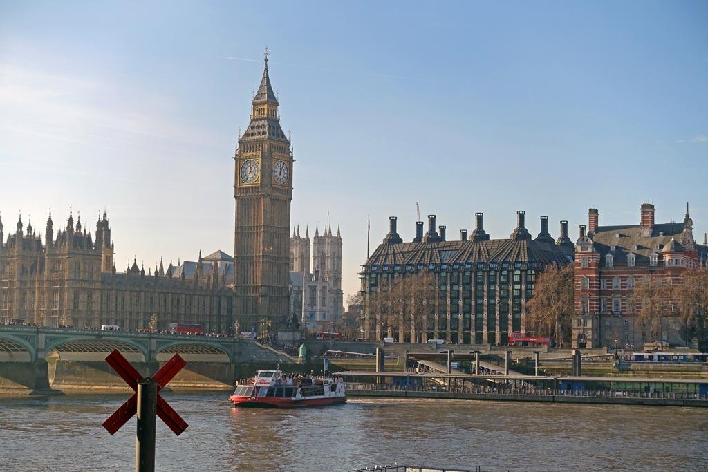 parliament-across-thames