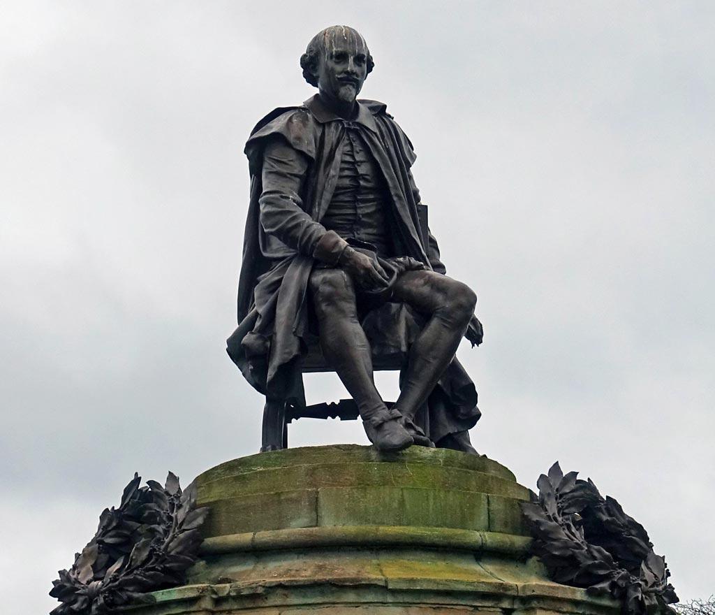 shakespeare-statue-close-up
